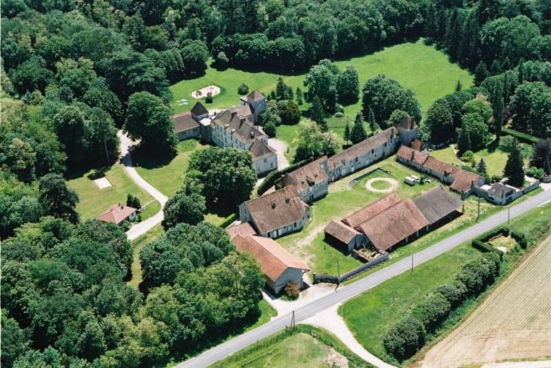 Pamfou-2006-Ferme-et-Chateau-de-Chapuis